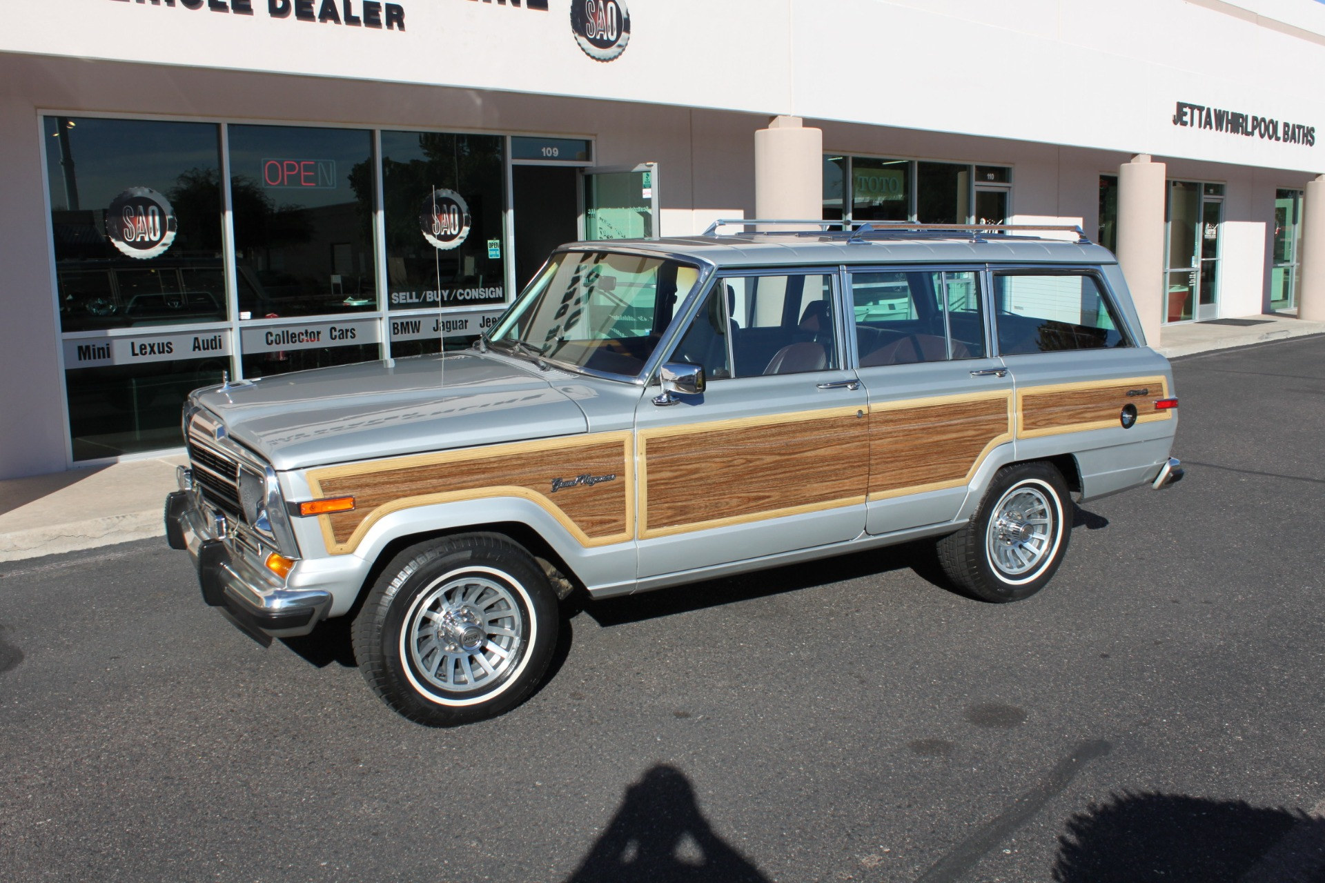Used-1989-Jeep-Grand-Wagoneer-Fiat
