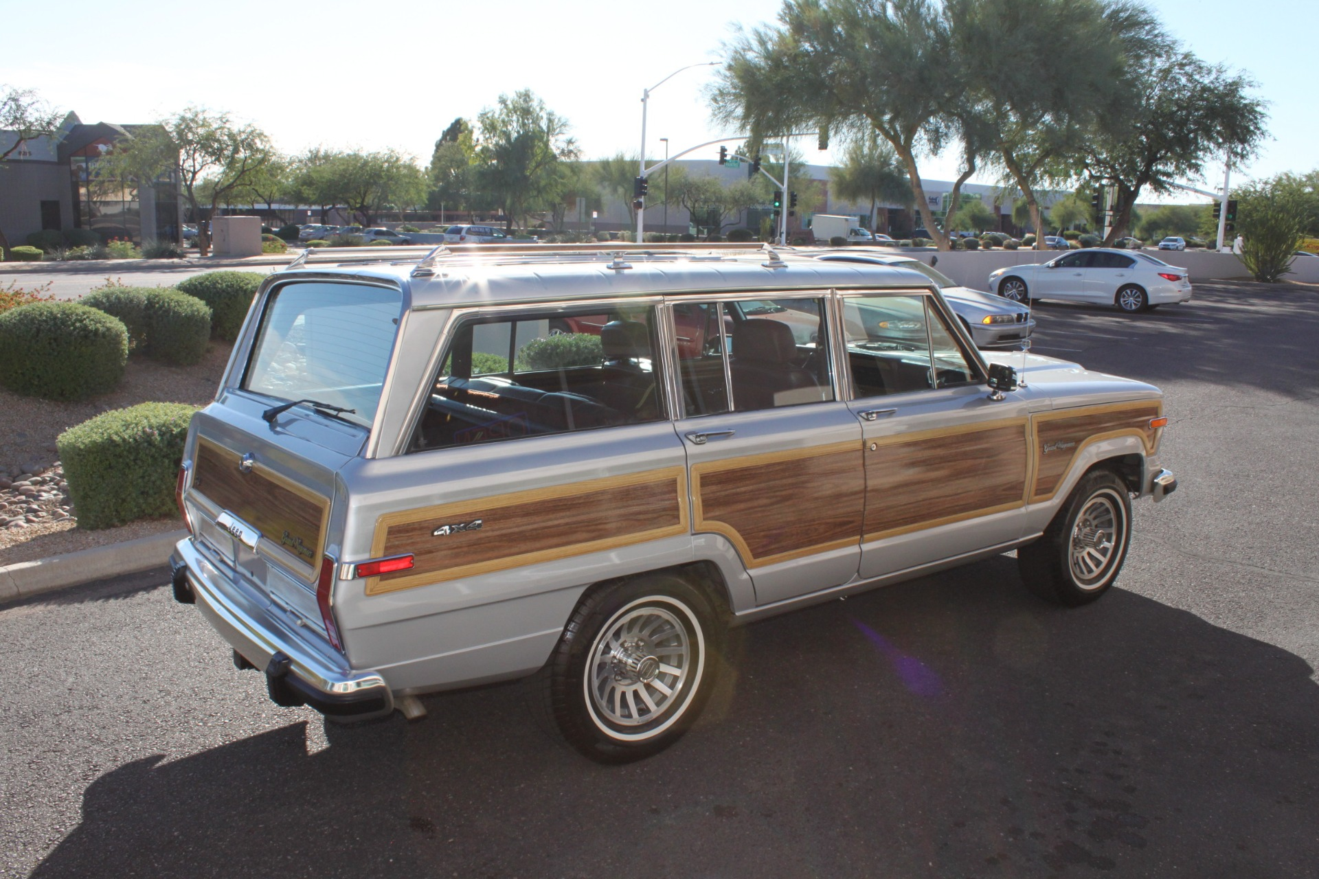 Used-1989-Jeep-Grand-Wagoneer-Toyota