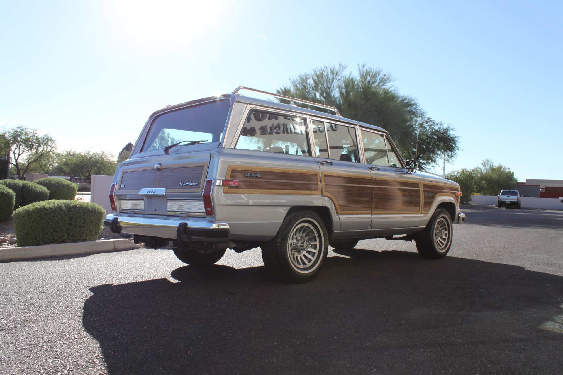 Used-1989-Jeep-Grand-Wagoneer-Land-Cruiser