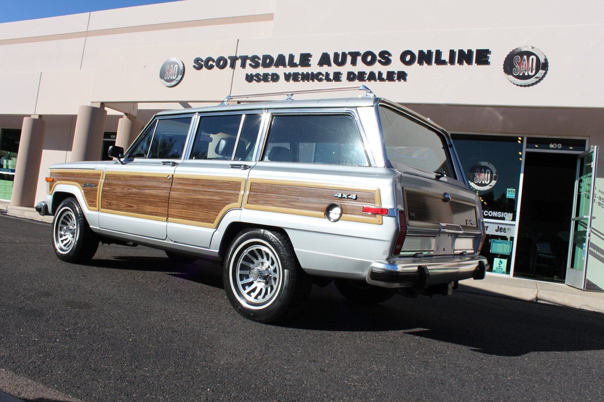 Used-1989-Jeep-Grand-Wagoneer-Ford
