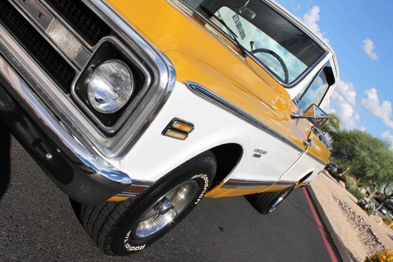Used-1970-Chevrolet-CST/10-(C10-Truck)-350-V8-Cherokee