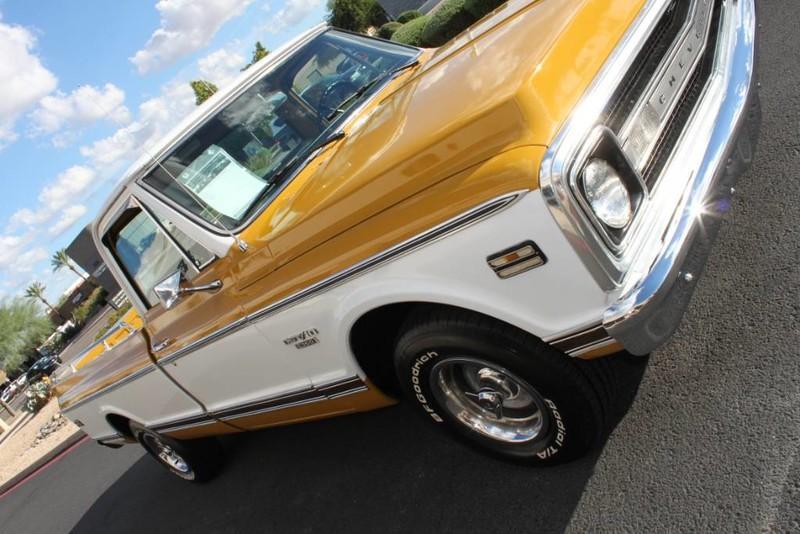 Used-1970-Chevrolet-CST/10-(C10-Truck)-350-V8-Lamborghini