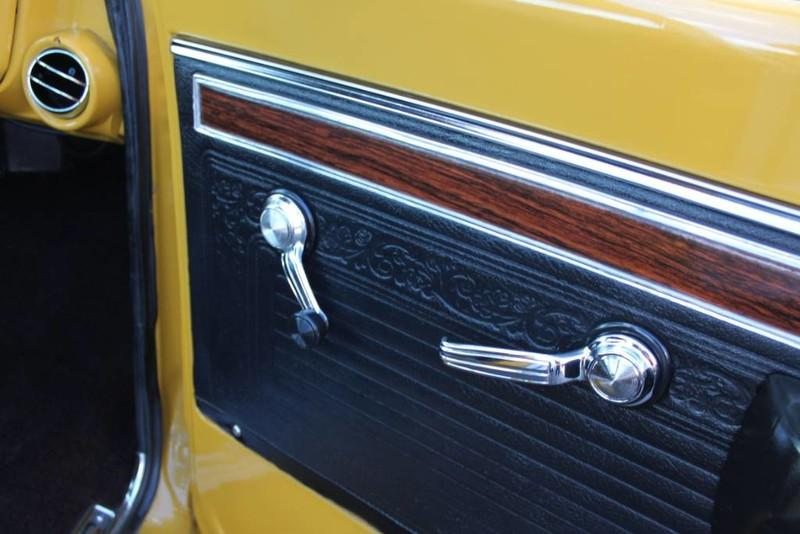 Used-1970-Chevrolet-CST/10-(C10-Truck)-350-V8-Camaro