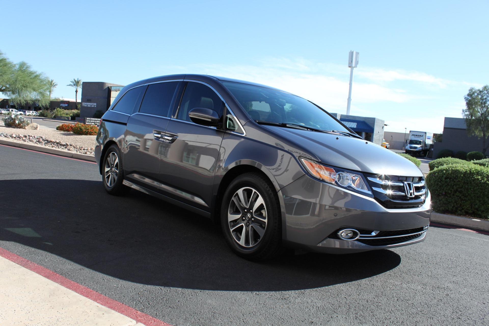 Used-2016-Honda-Odyssey-Touring-Elite-Chevelle