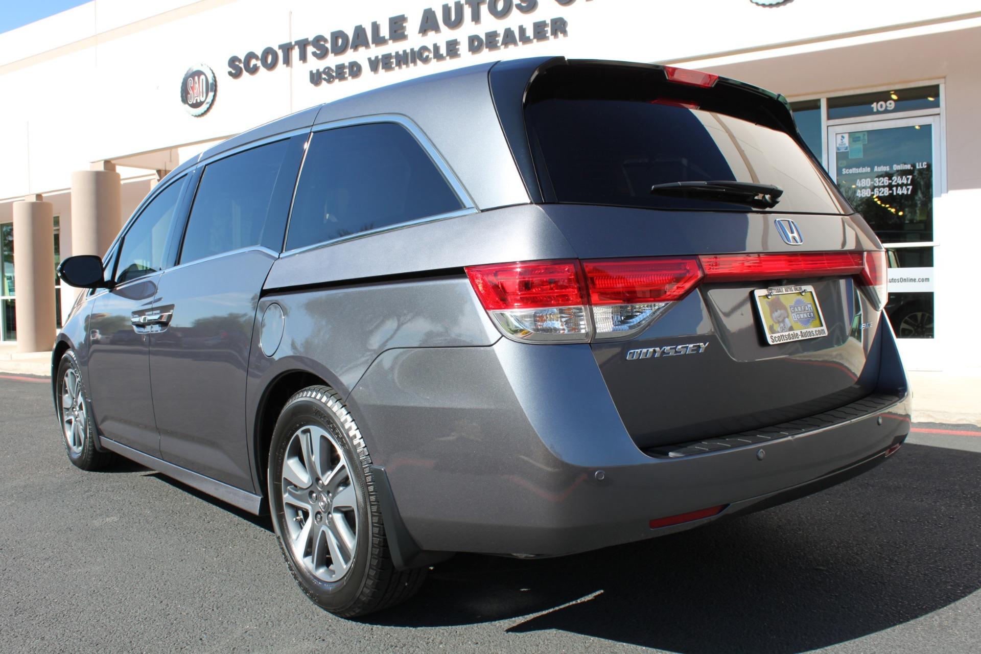 Used-2016-Honda-Odyssey-Touring-Elite-Grand-Wagoneer