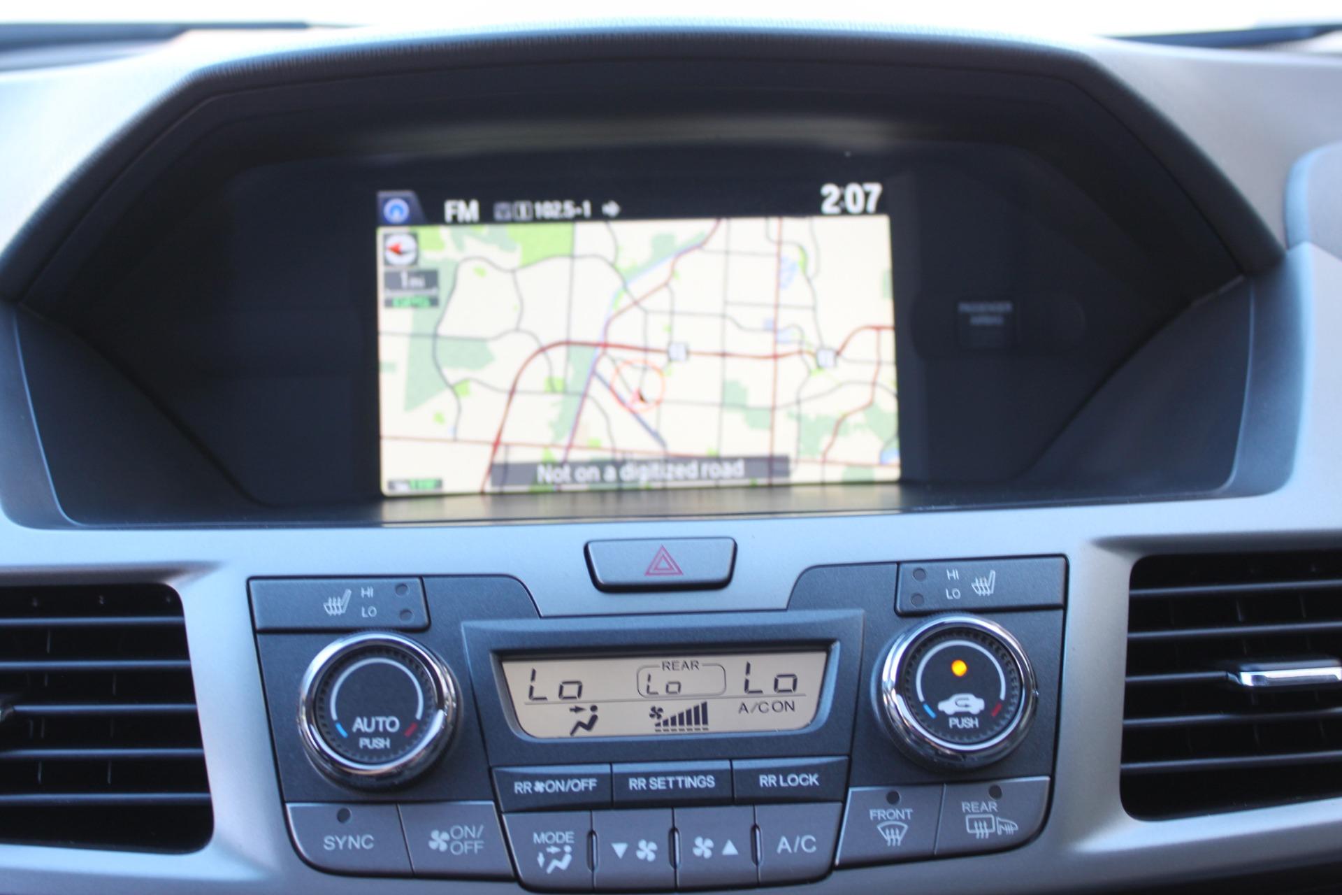 Used-2016-Honda-Odyssey-Touring-Elite-Jeep