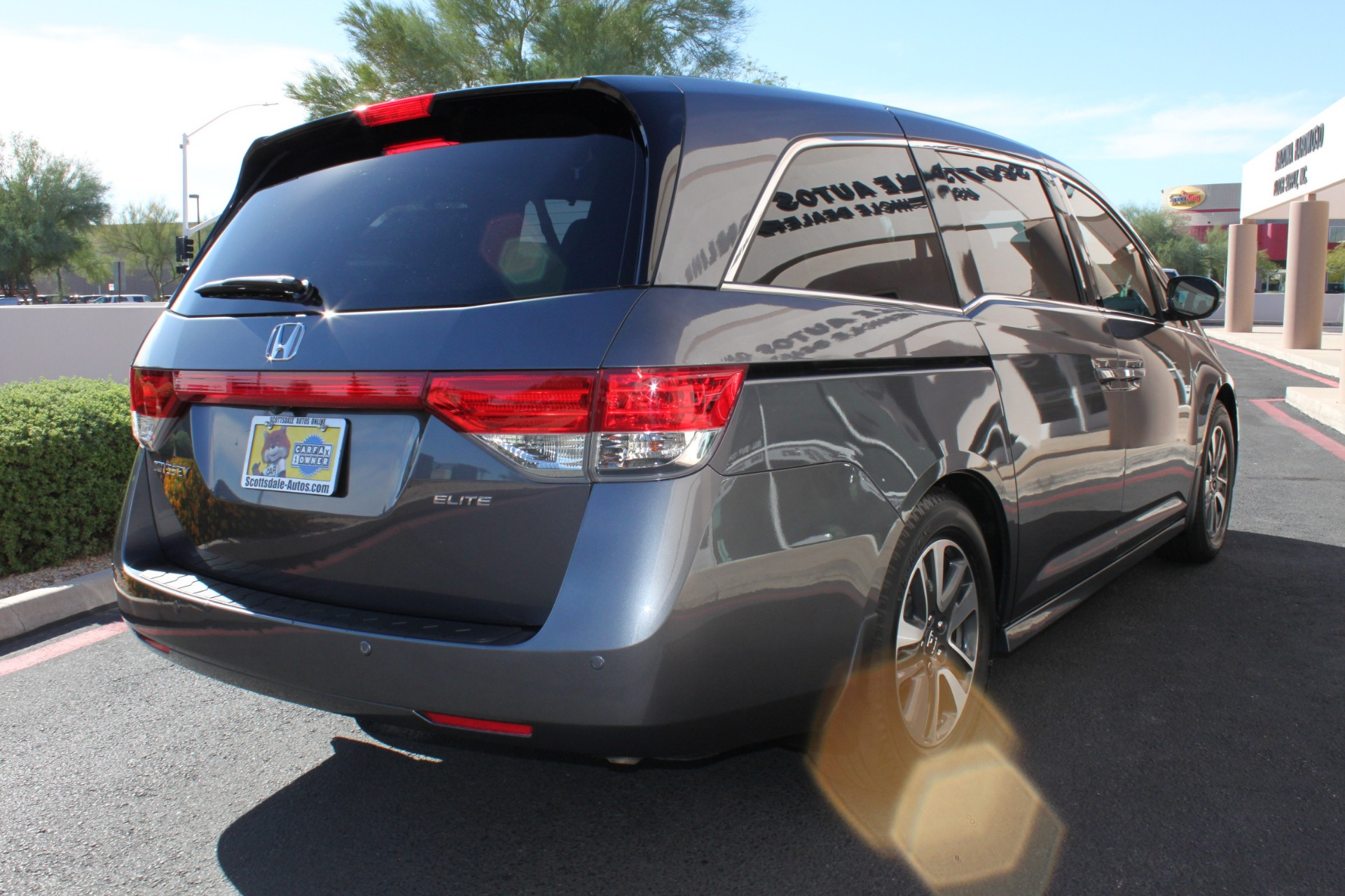 Used-2016-Honda-Odyssey-Touring-Elite-Classic