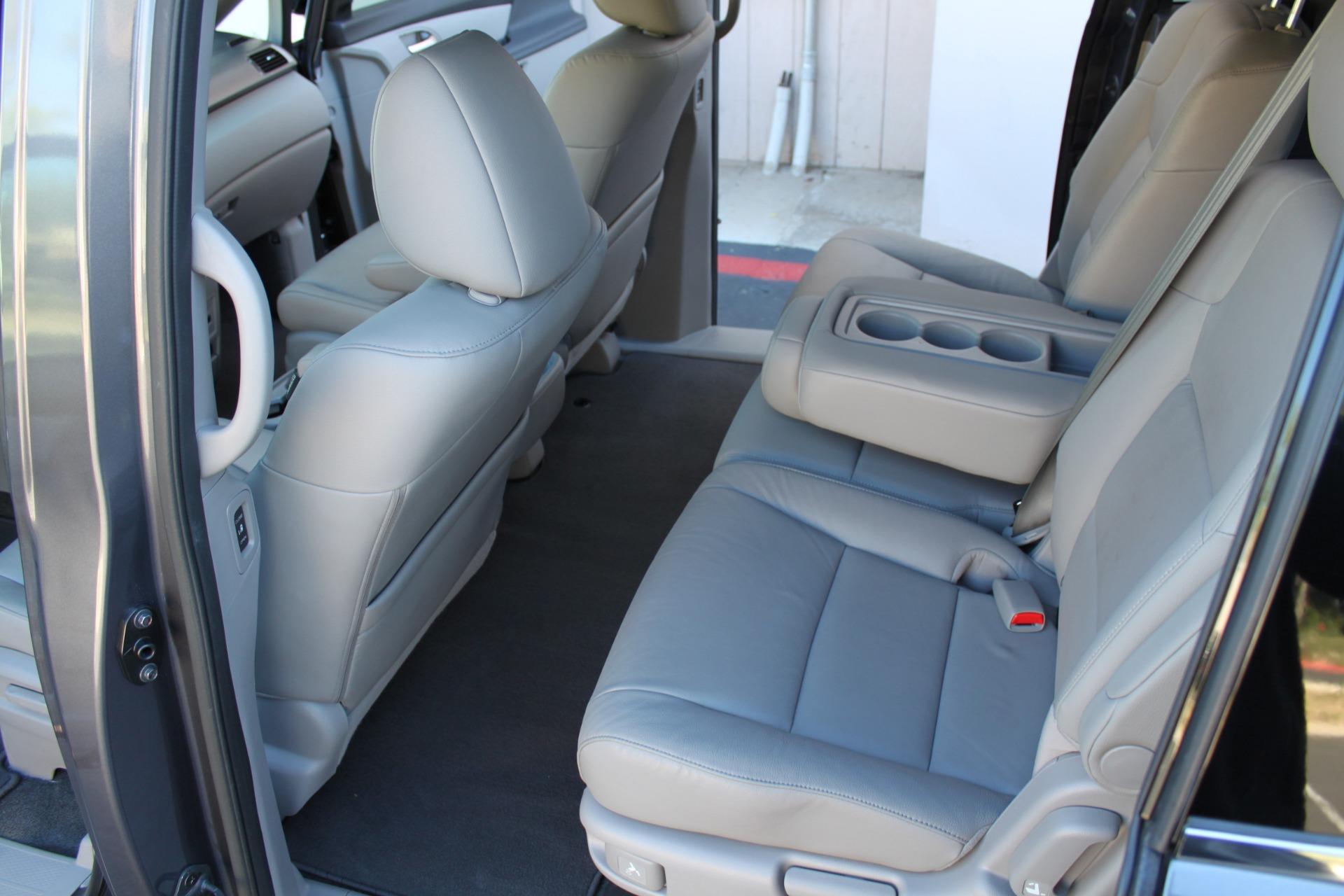 Used-2016-Honda-Odyssey-Touring-Elite-Acura