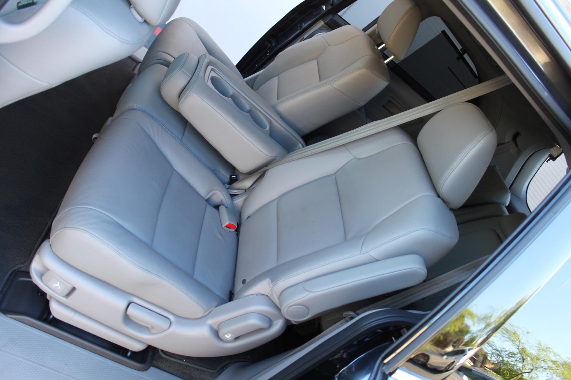 Used-2016-Honda-Odyssey-Touring-Elite-Lexus