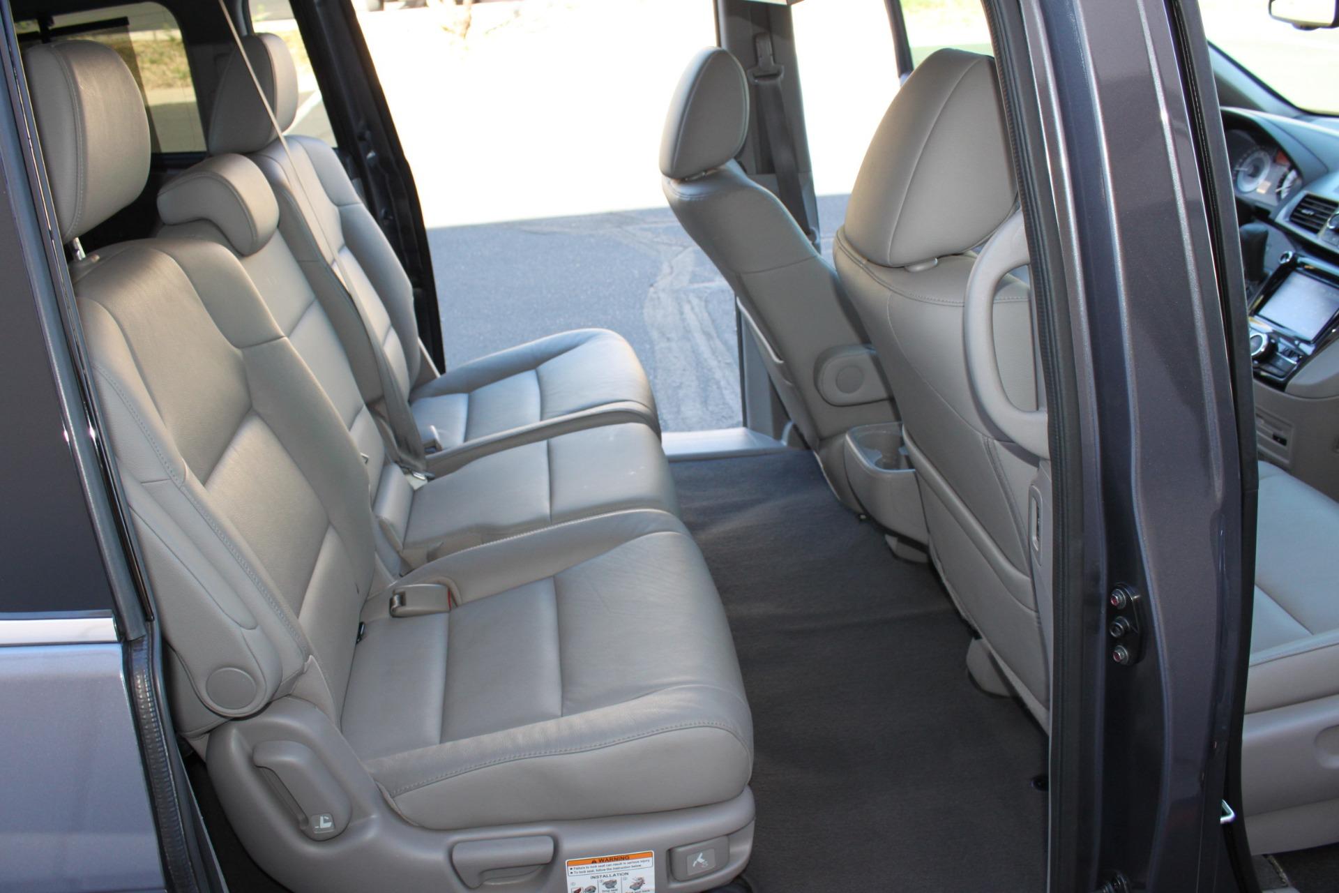 Used-2016-Honda-Odyssey-Touring-Elite-Chalenger