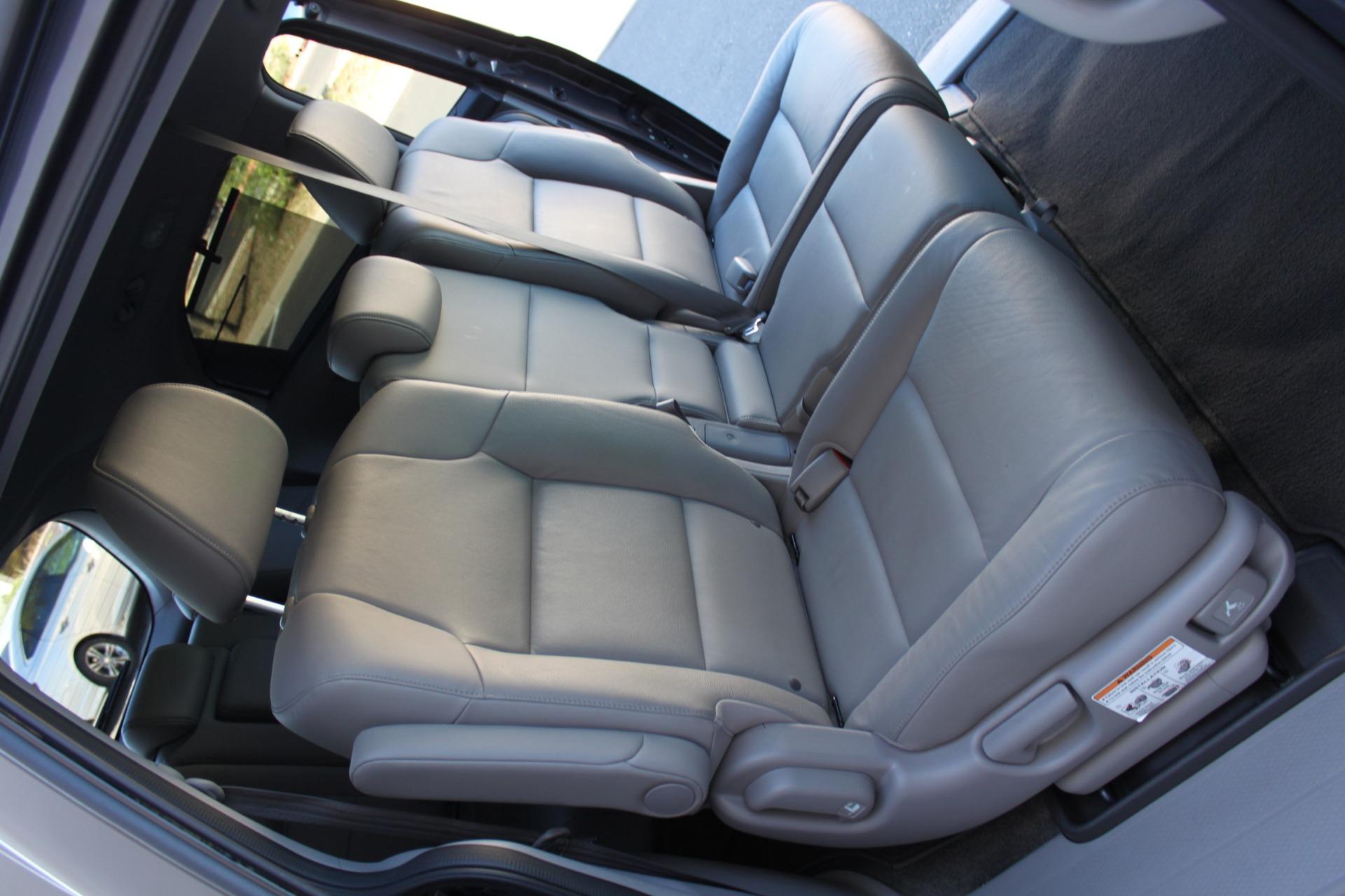 Used-2016-Honda-Odyssey-Touring-Elite-Dodge
