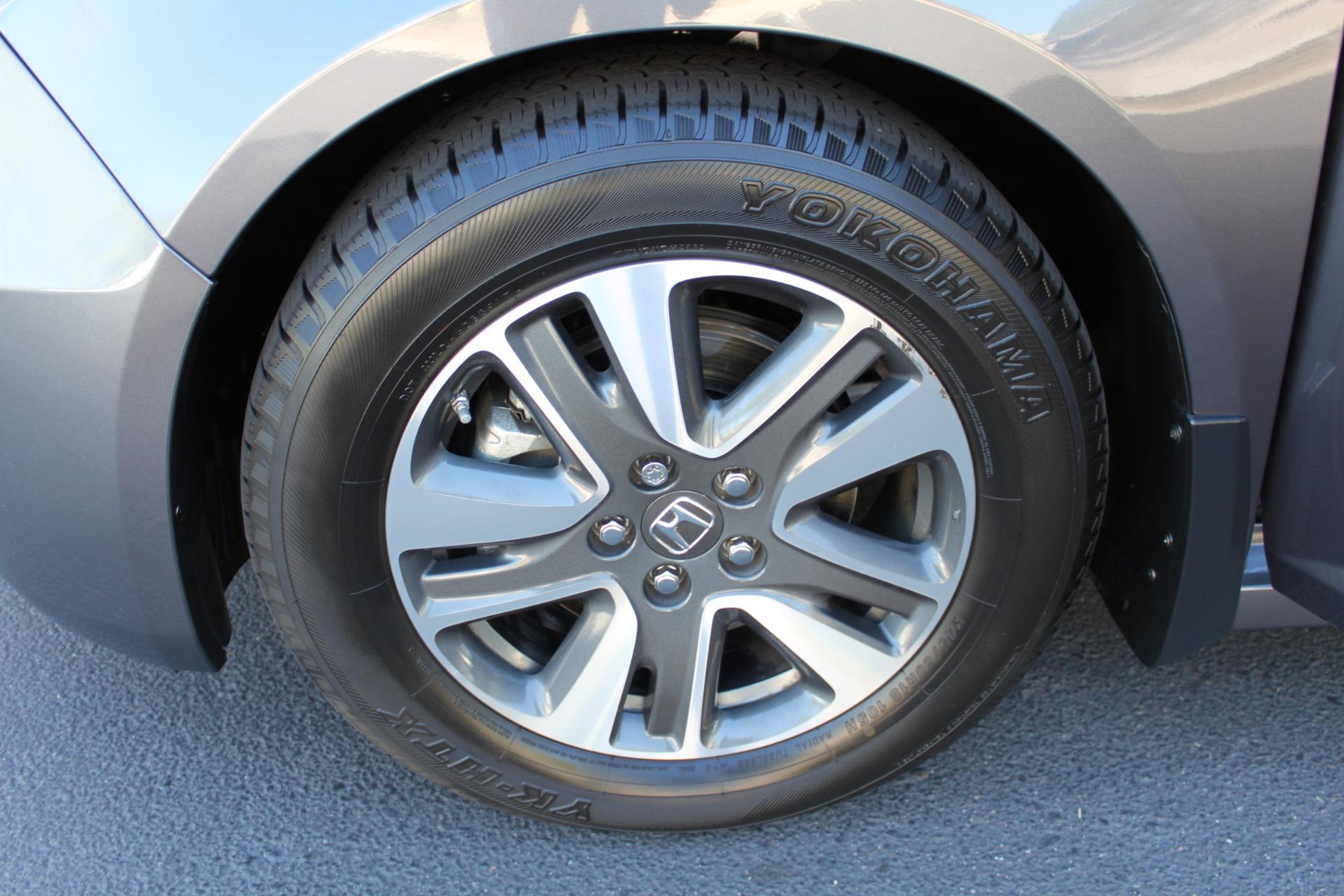 Used-2016-Honda-Odyssey-Touring-Elite-Mini