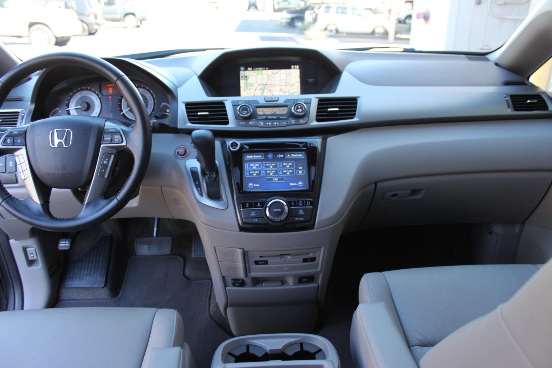 Used-2016-Honda-Odyssey-Touring-Elite-BMW