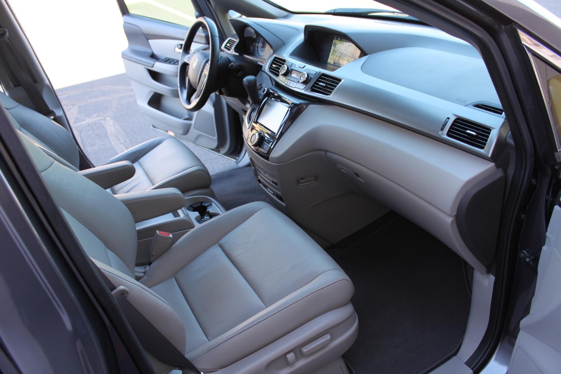Used-2016-Honda-Odyssey-Touring-Elite-Chrysler