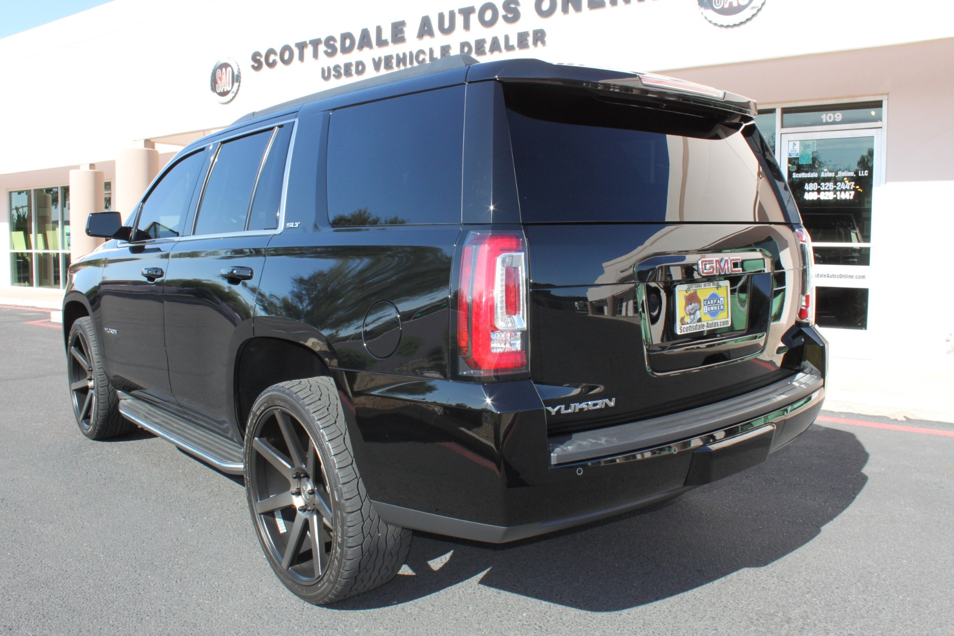Used-2015-GMC-Yukon-SLT-Grand-Wagoneer