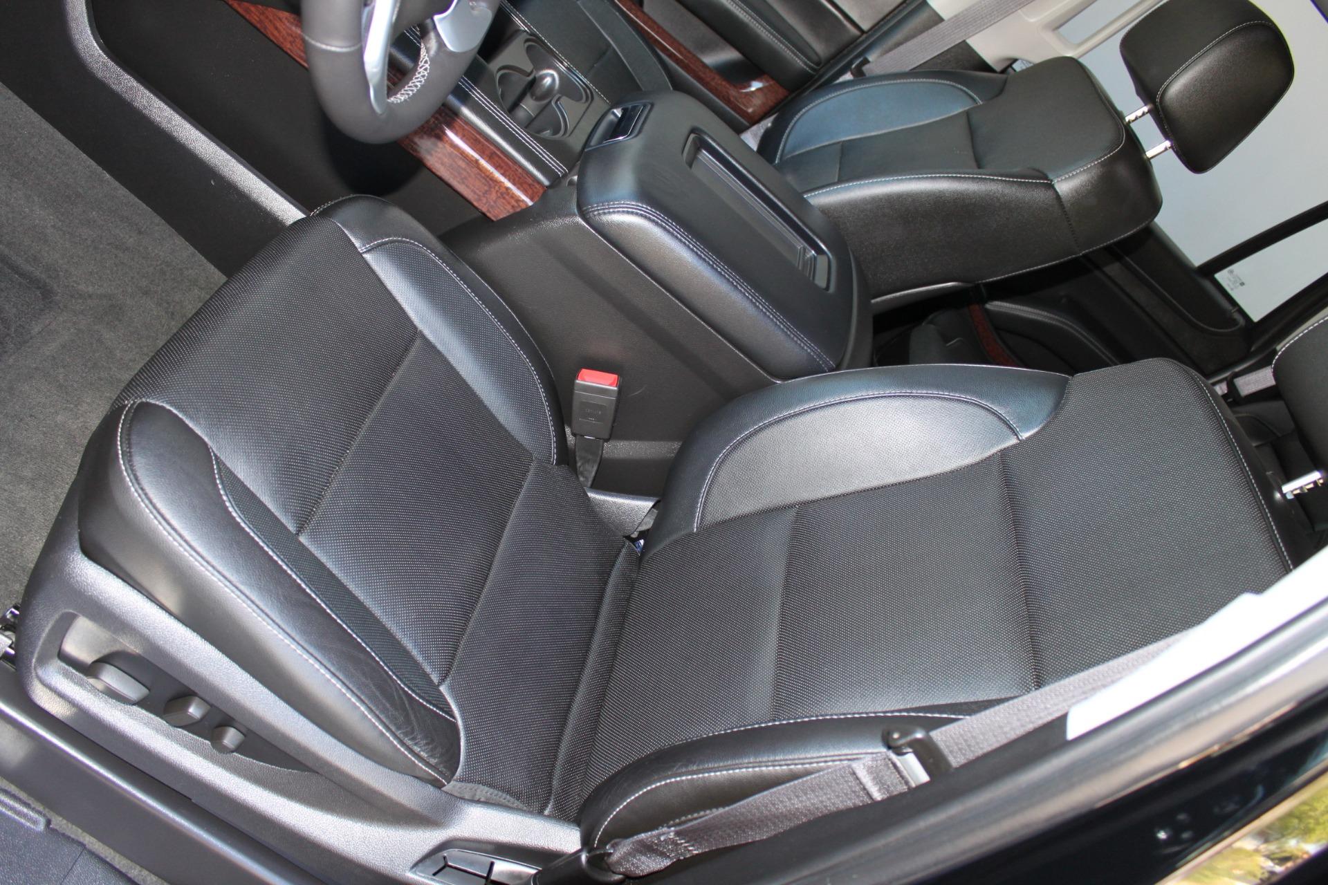 Used-2015-GMC-Yukon-SLT-Range-Rover