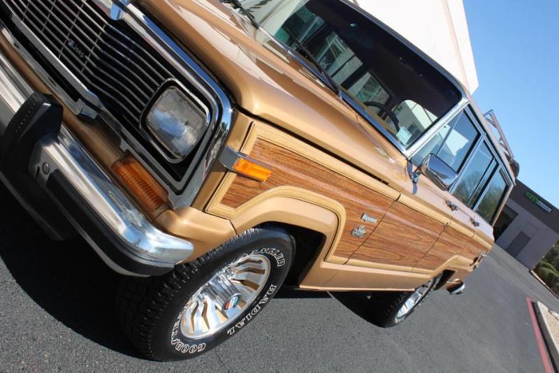 Used-1983-Jeep-Wagoneer-Limited-4WD-Cherokee