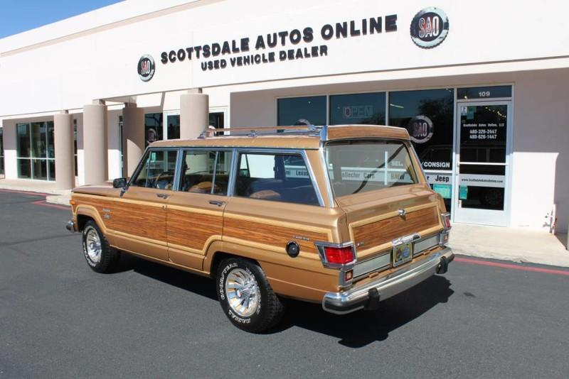 Used-1983-Jeep-Wagoneer-Limited-4WD-Audi