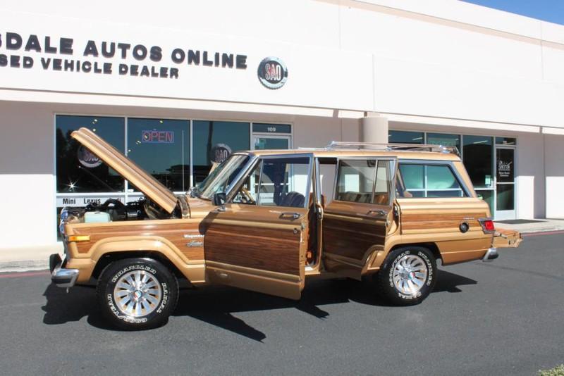Used-1983-Jeep-Wagoneer-Limited-4WD-Lexus