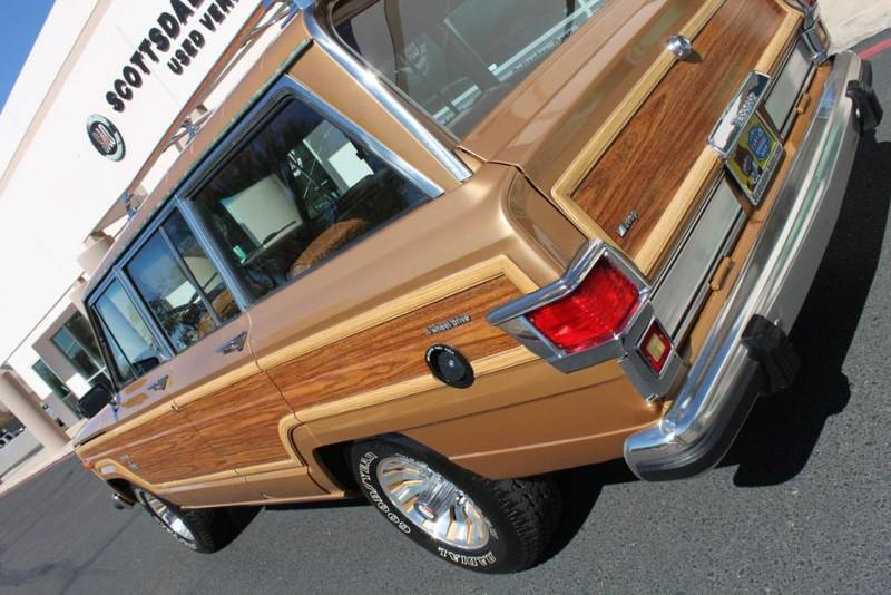Used-1983-Jeep-Wagoneer-Limited-4WD-Ferrari