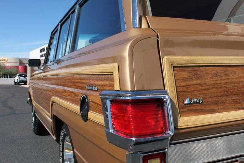 Used-1983-Jeep-Wagoneer-Limited-4WD-Lincoln