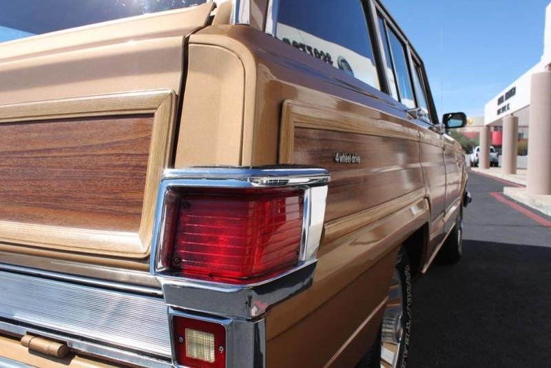 Used-1983-Jeep-Wagoneer-Limited-4WD-Land-Rover