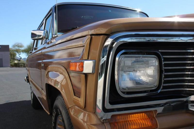 Used-1983-Jeep-Wagoneer-Limited-4WD-Range-Rover
