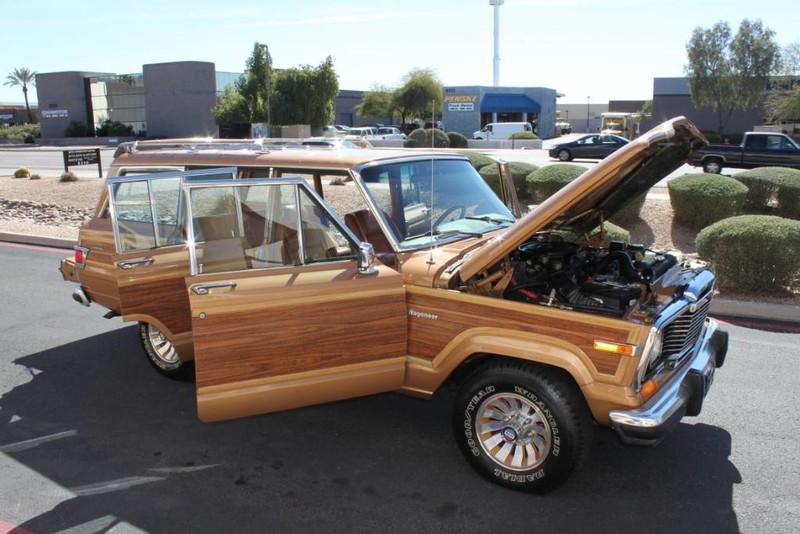 Used-1983-Jeep-Wagoneer-Limited-4WD-Collector