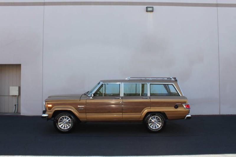 Used-1983-Jeep-Wagoneer-Limited-4WD-Chrysler