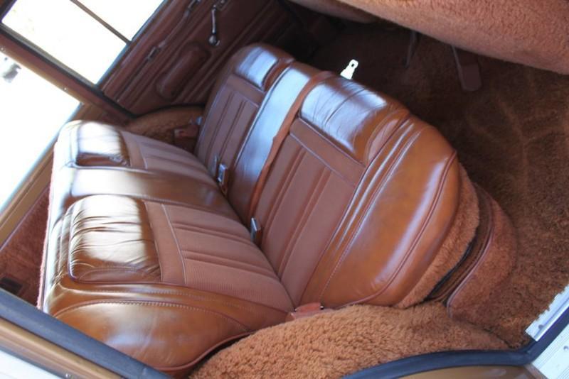Used-1983-Jeep-Wagoneer-Limited-4WD-Jaguar