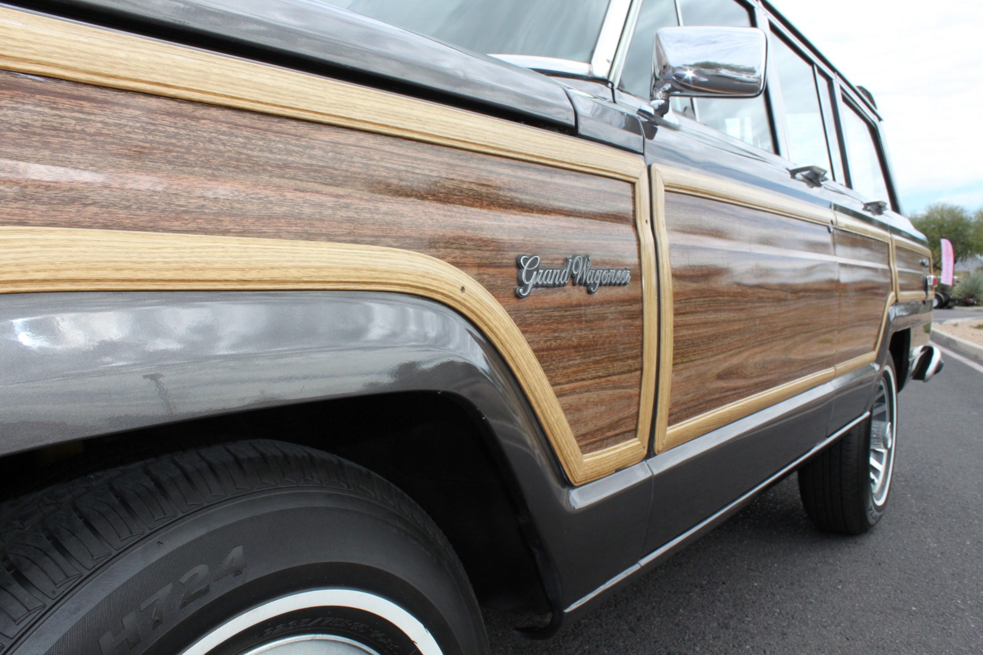 Used-1989-Jeep-Grand-Wagoneer-Chevrolet