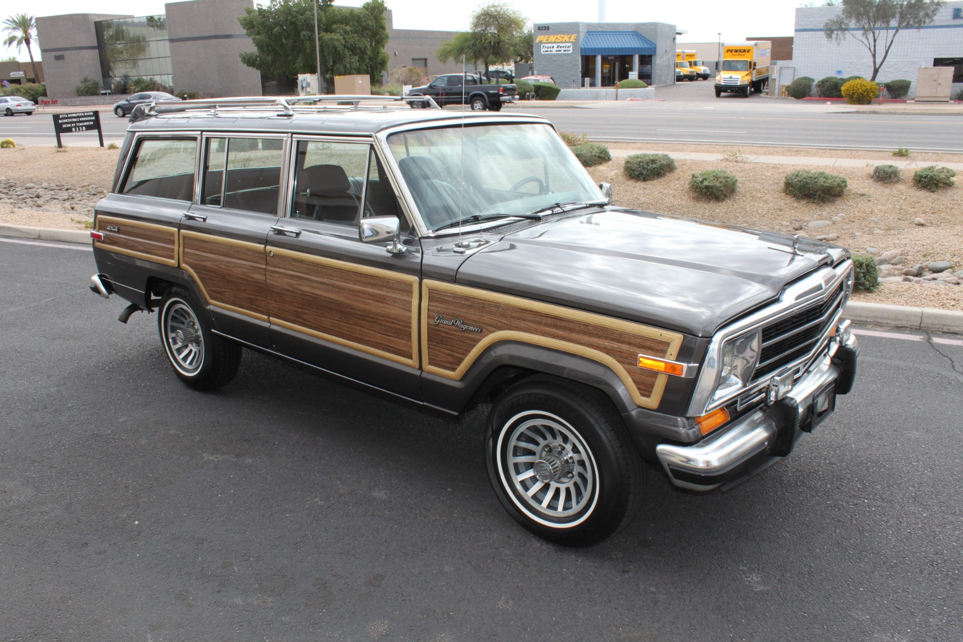 Used-1989-Jeep-Grand-Wagoneer-4X4-Toyota