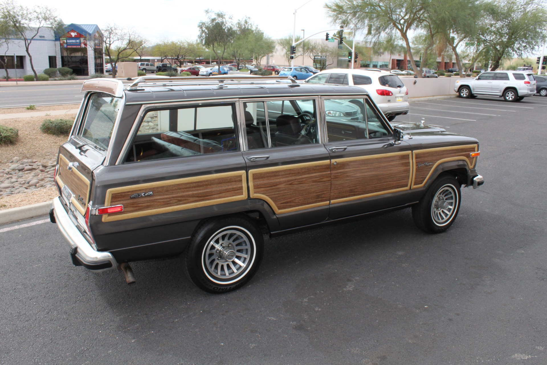 Used-1989-Jeep-Grand-Wagoneer-4X4-Mini