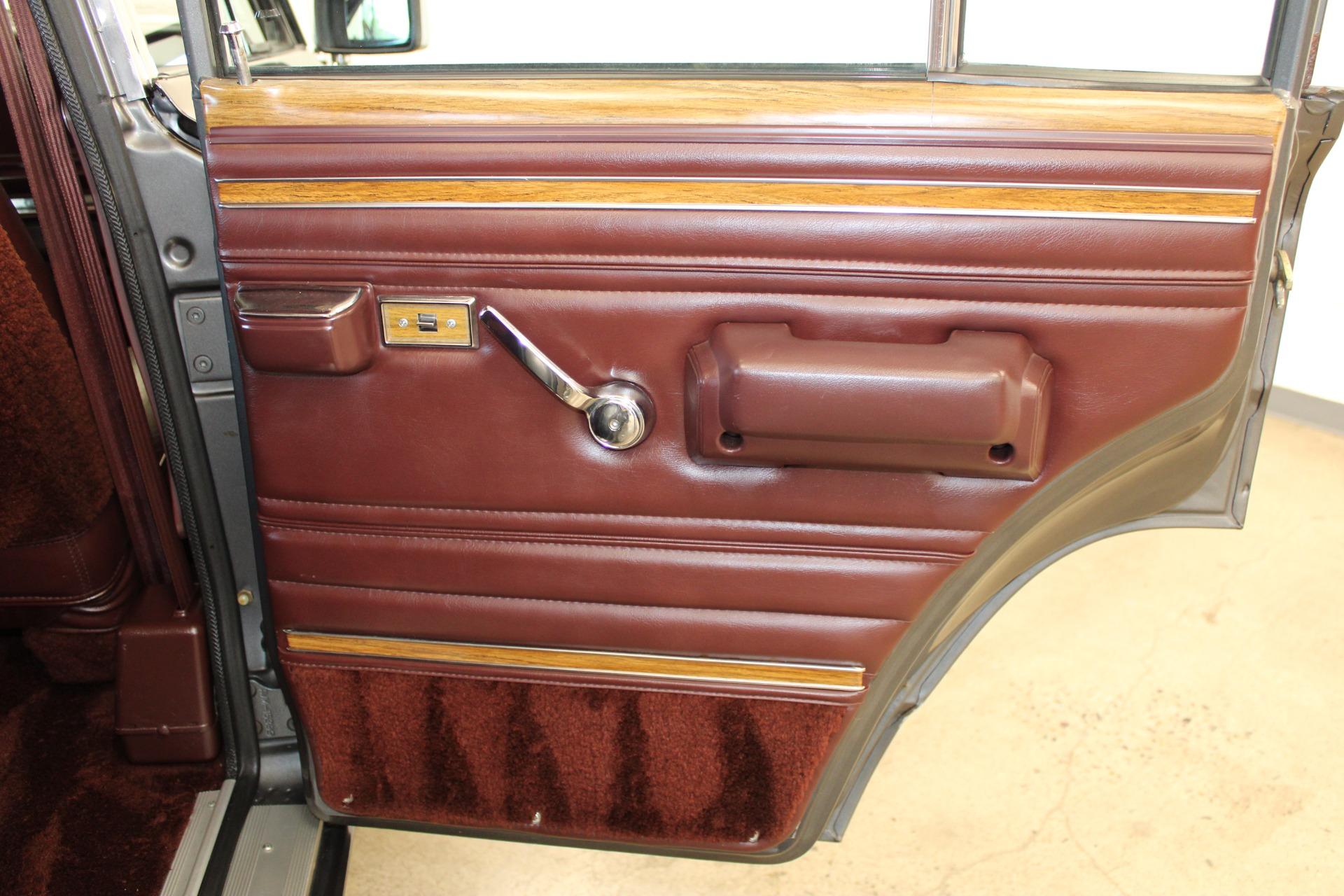Used-1989-Jeep-Grand-Wagoneer-Dodge