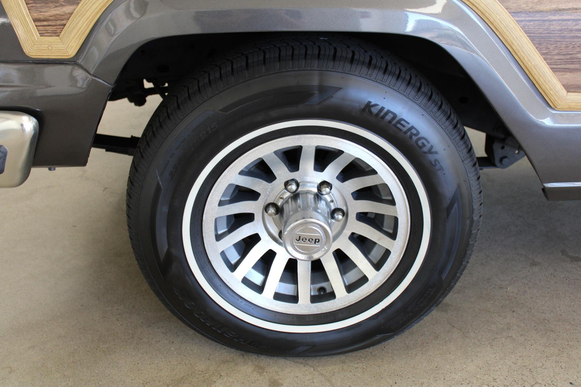 Used-1989-Jeep-Grand-Wagoneer-Honda