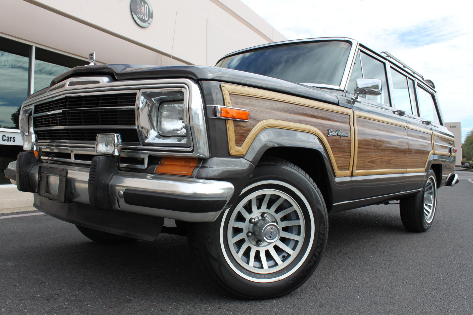 Used 1989 Jeep Grand Wagoneer 4X4 <span></span> | Scottsdale, AZ