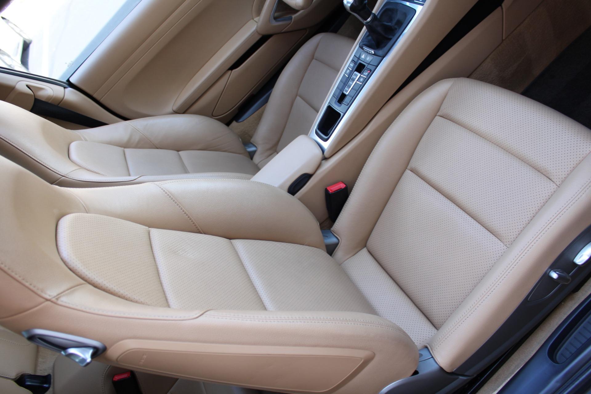 Used-2012-Porsche-911-Carrera-Alfa-Romeo