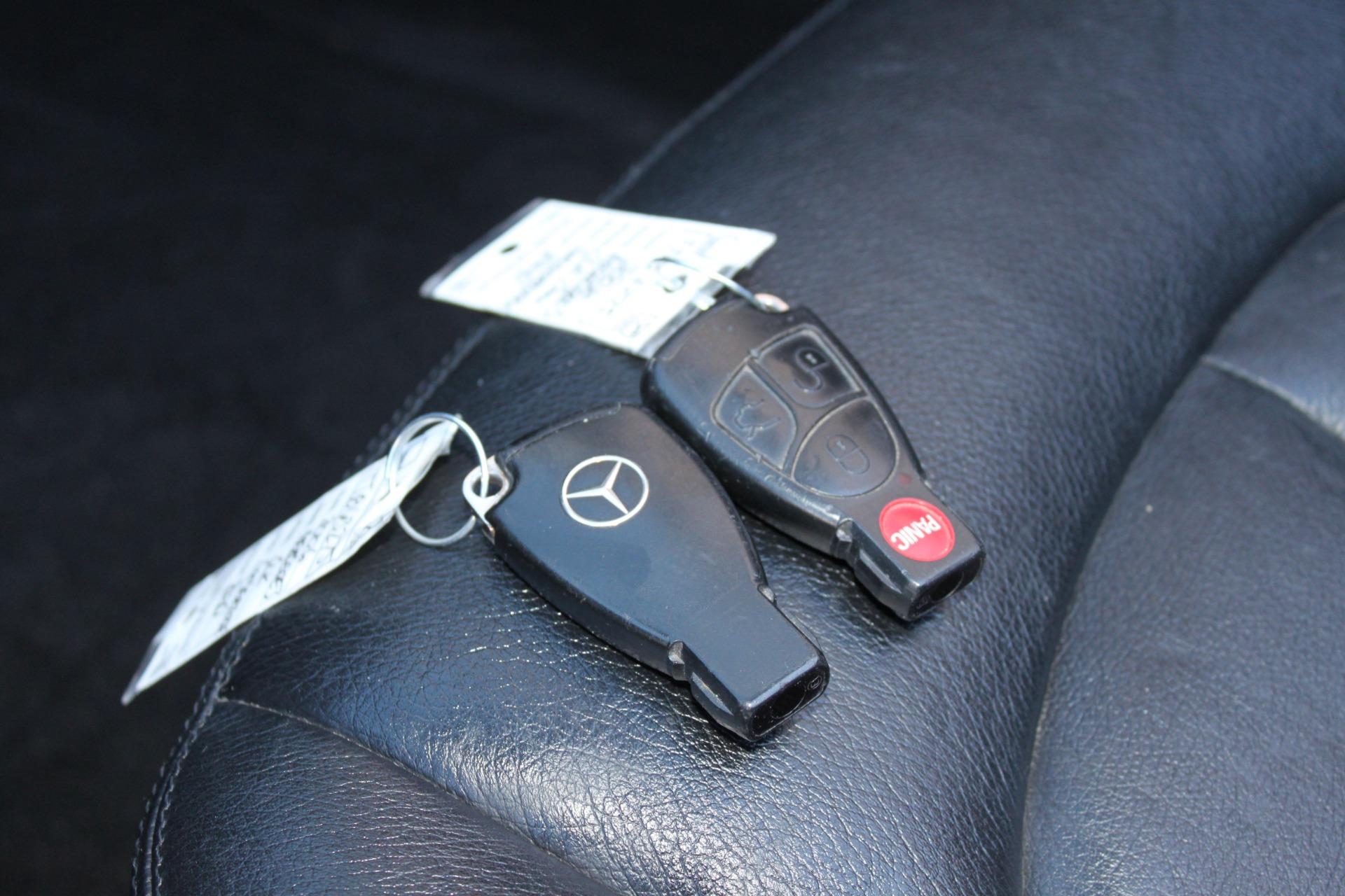 Used-2006-Mercedes-Benz-CLK-Class-Convertible-35L-Classic