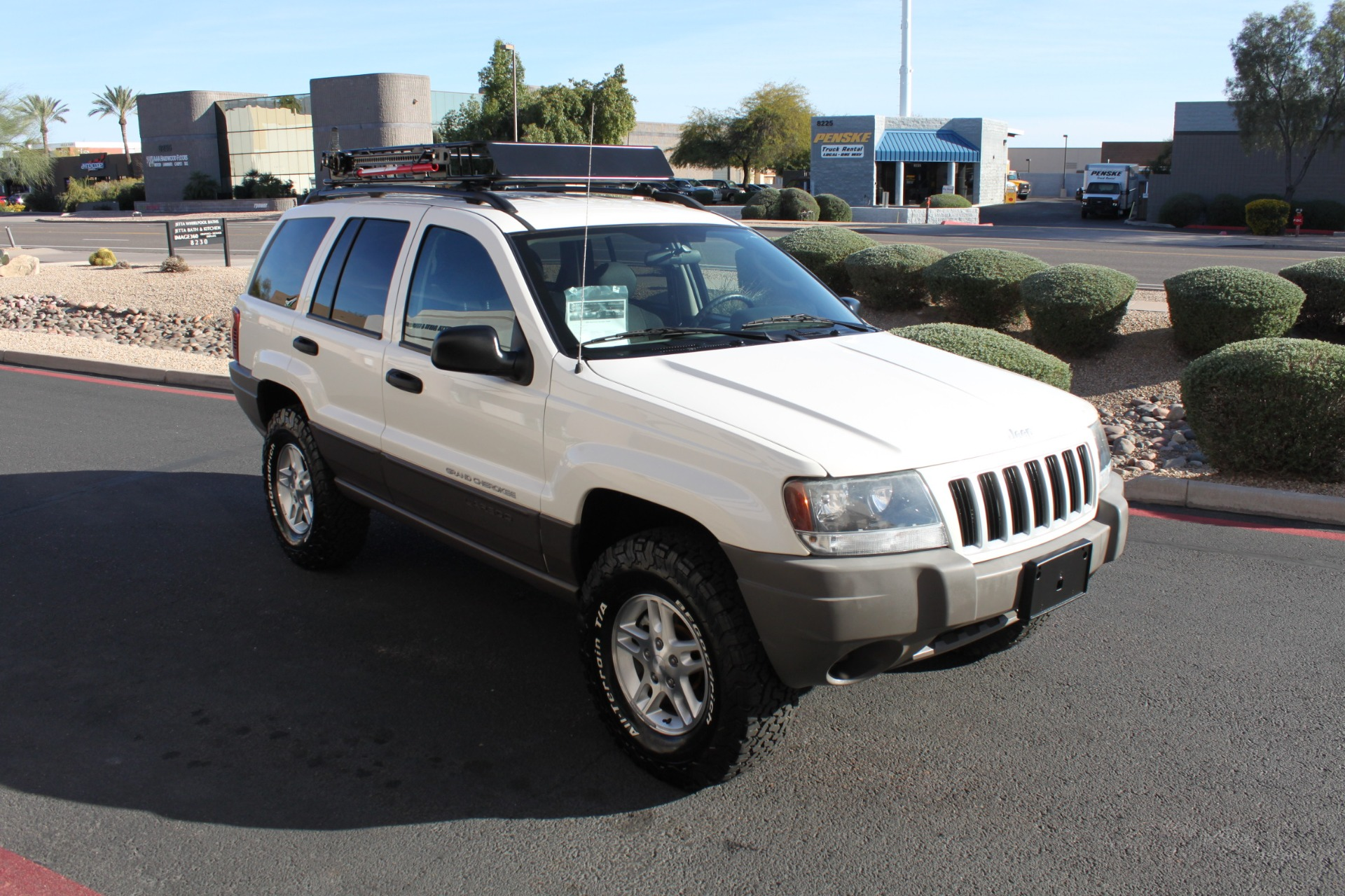 Used-2004-Jeep-Grand-Cherokee-Laredo-Chevelle