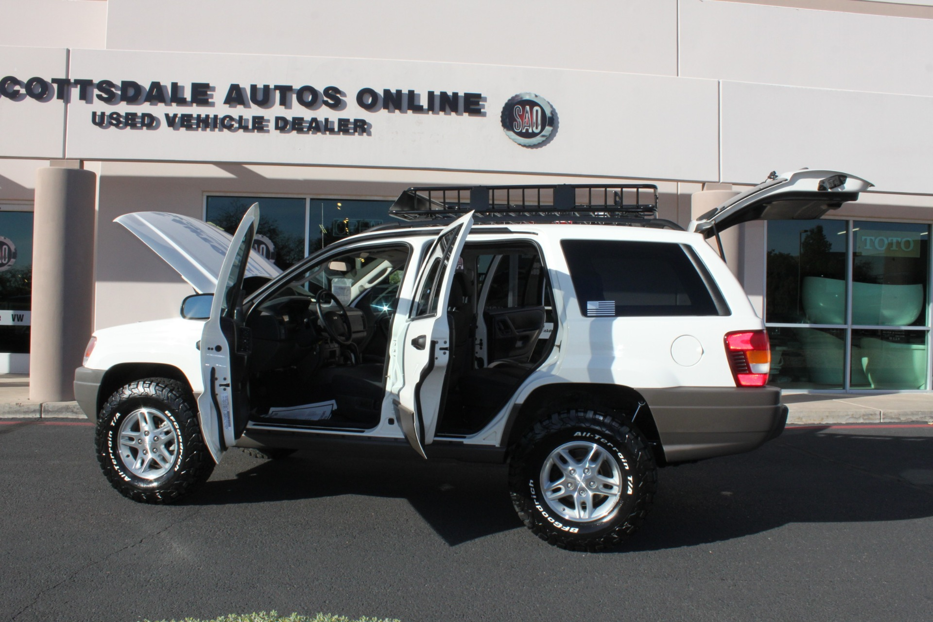 Used-2004-Jeep-Grand-Cherokee-Laredo-Mini