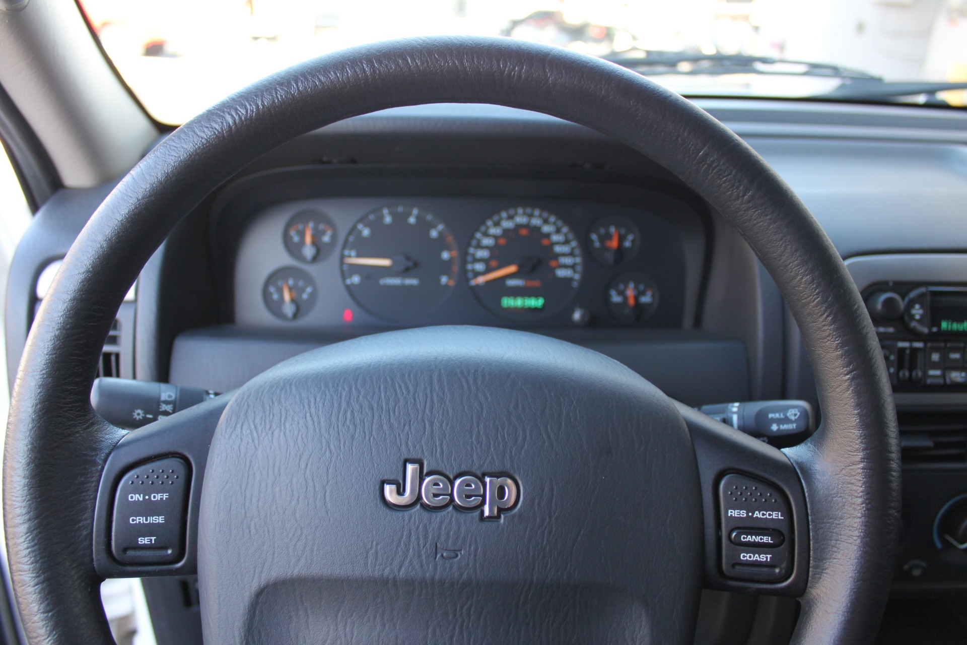 Used-2004-Jeep-Grand-Cherokee-Laredo-Porsche
