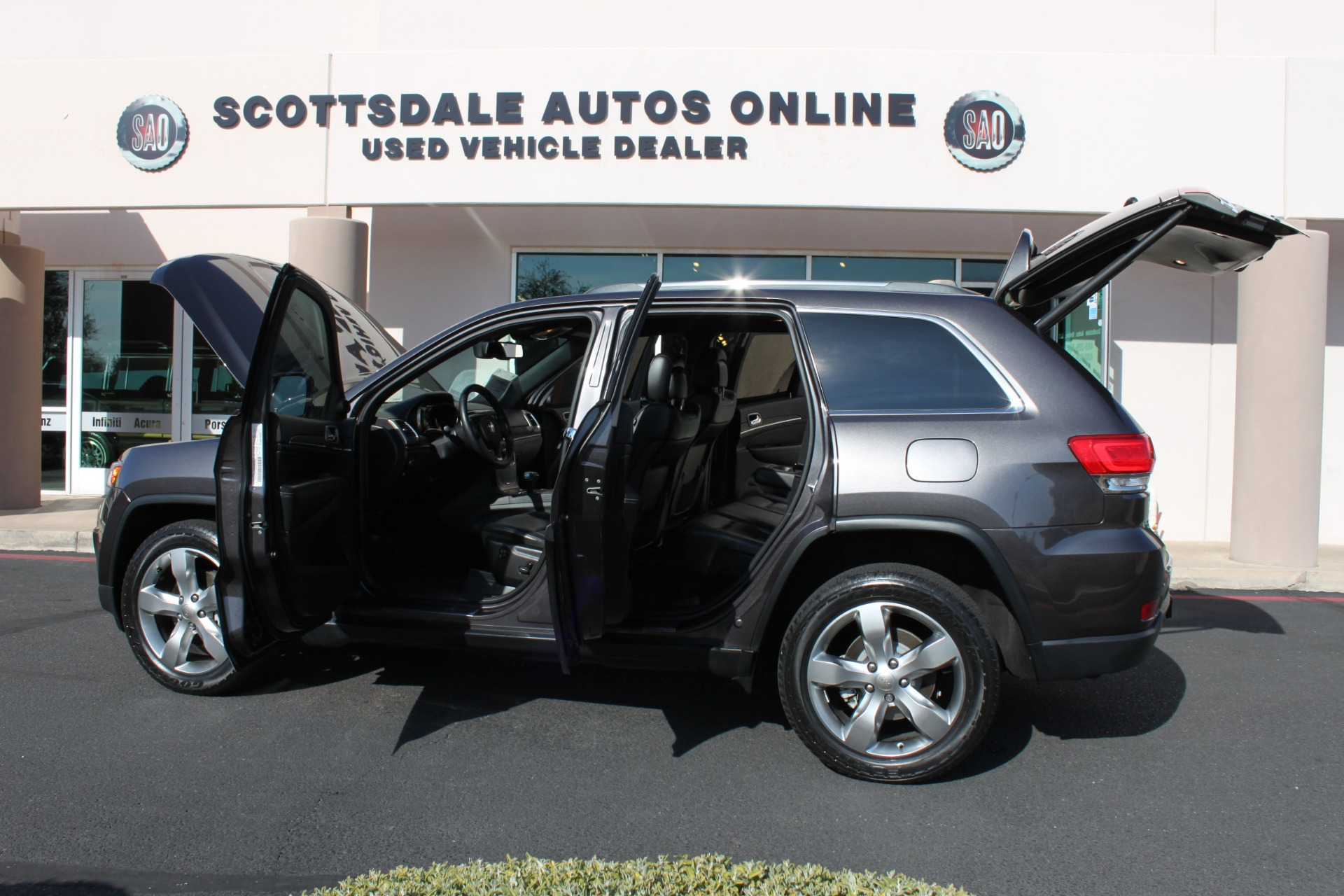 Used-2014-Jeep-Grand-Cherokee-Limited-4X4-Mini