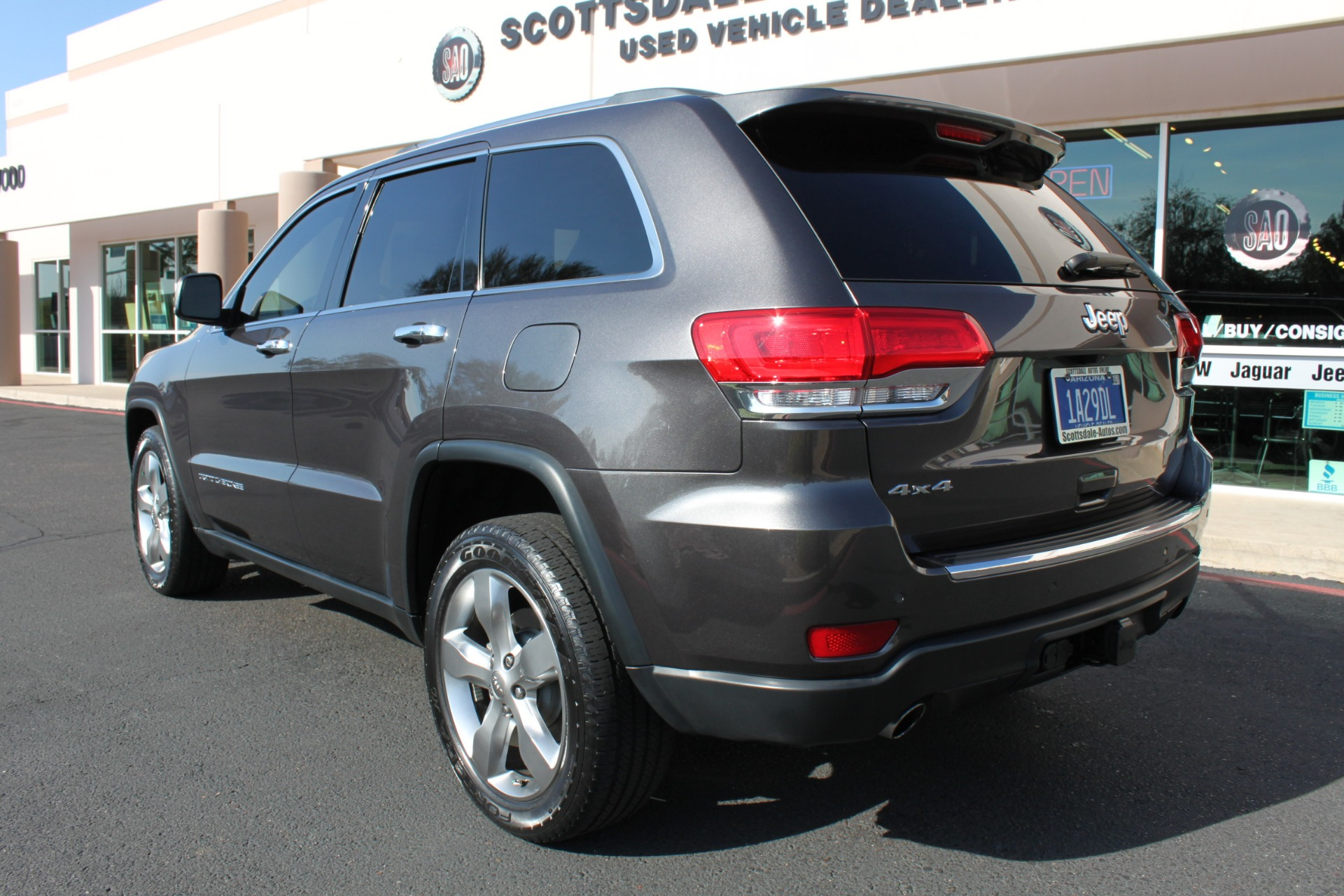 Used-2014-Jeep-Grand-Cherokee-Limited-4X4-Grand-Wagoneer
