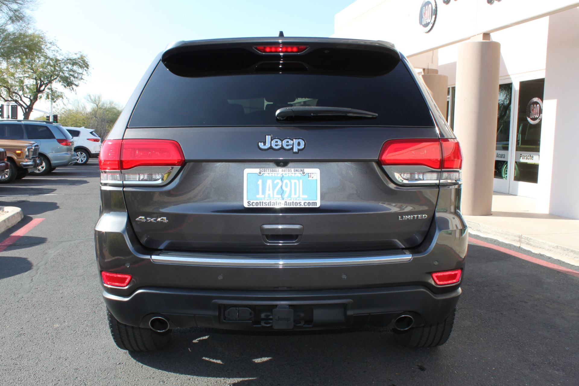 Used-2014-Jeep-Grand-Cherokee-Limited-4X4-Mopar