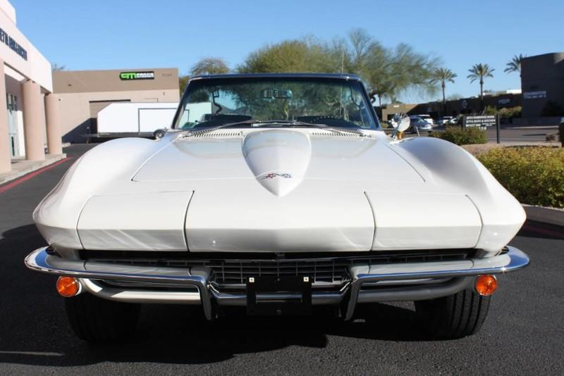 Used-1967-Chevrolet-Corvette-Roadster-Mercedes-Benz