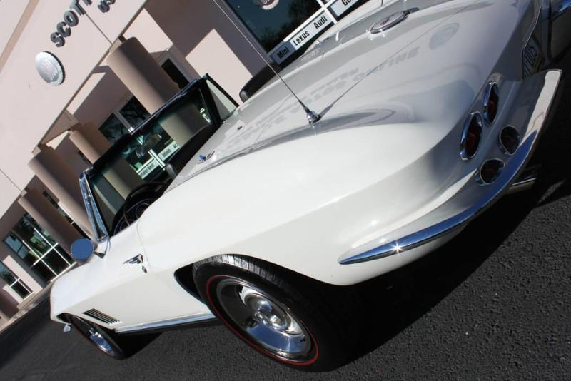 Used-1967-Chevrolet-Corvette-Roadster-Grand-Cherokee