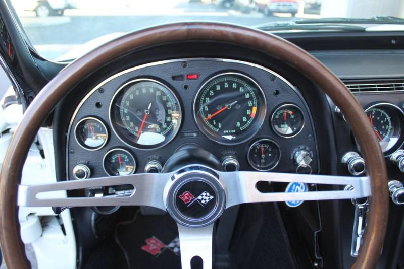 Used-1967-Chevrolet-Corvette-Roadster-Fiat