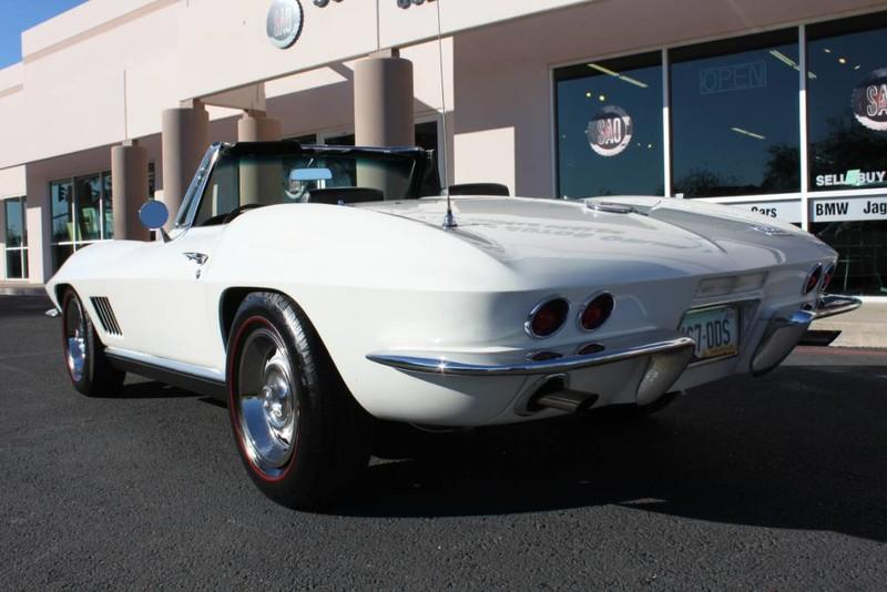 Used-1967-Chevrolet-Corvette-Roadster-Grand-Wagoneer
