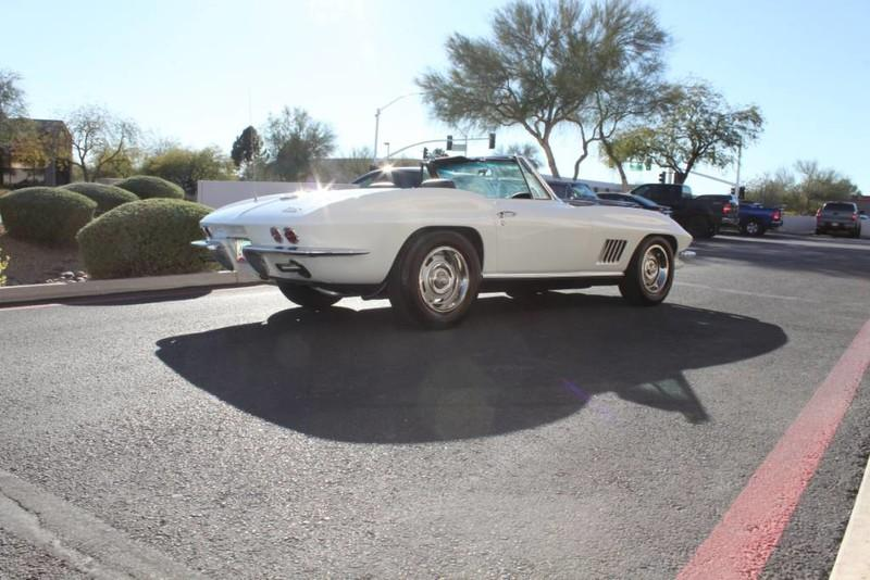 Used-1967-Chevrolet-Corvette-Roadster-Lincoln