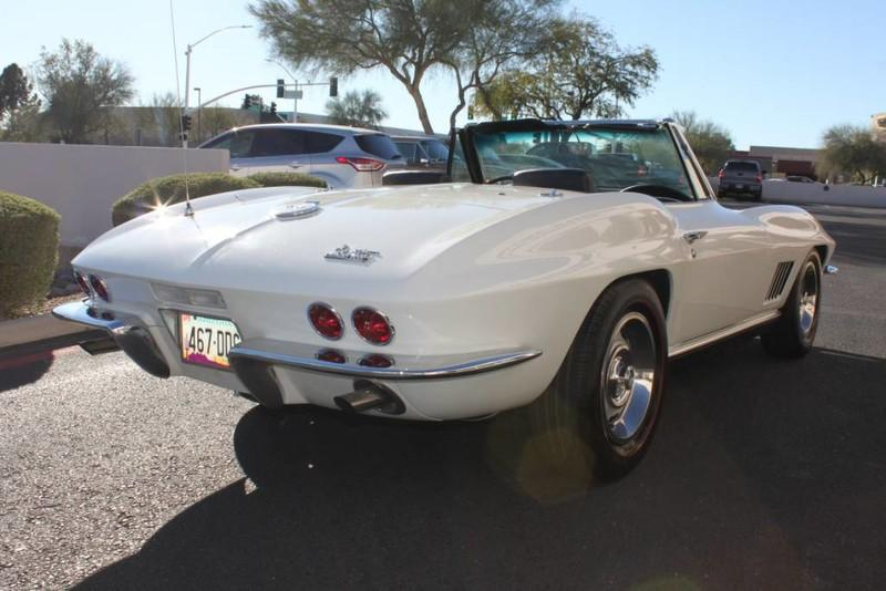 Used-1967-Chevrolet-Corvette-Roadster-Mopar